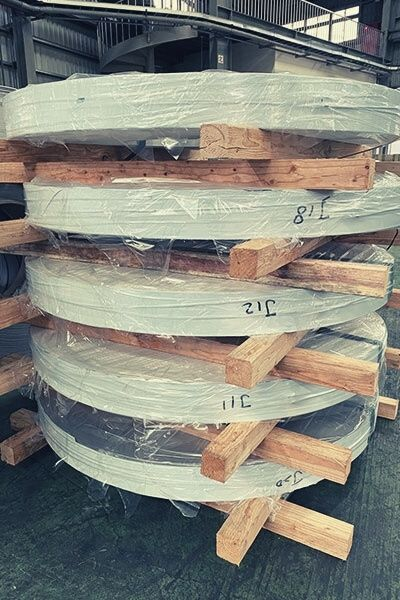 Packaging and Shipping Services: Stainless Steel and Special Metals 1